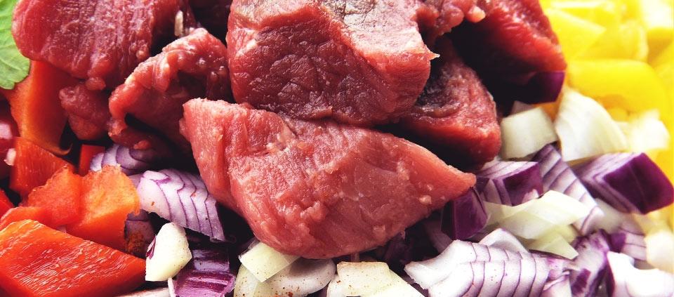 Fleisch, vor allem dunkles Fleisch ist ein besonders guter Eisenlieferant,ptome